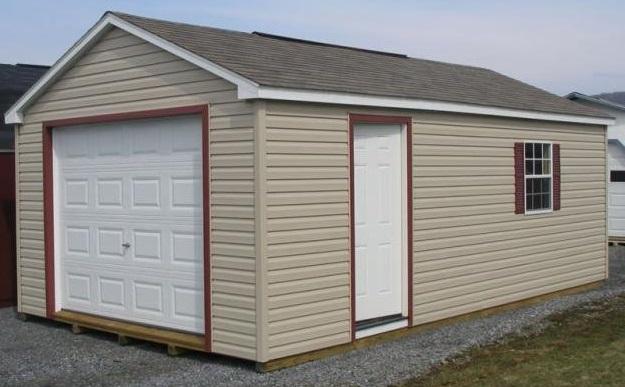 Як будувати гараж своїми руками?