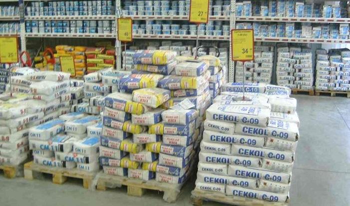 Будівельні суміші для стін або стелі