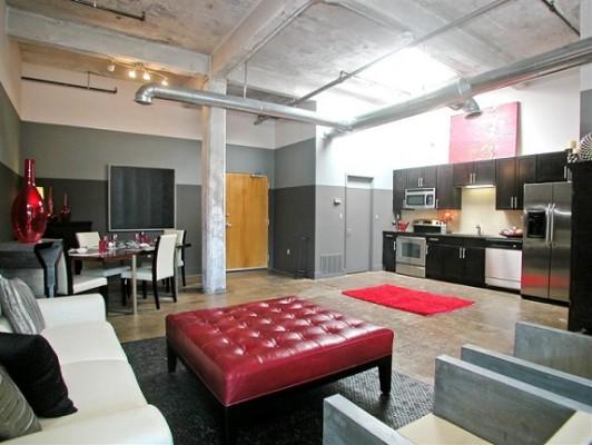 Інтер'єр квартири та меблі в стилі - лофт.