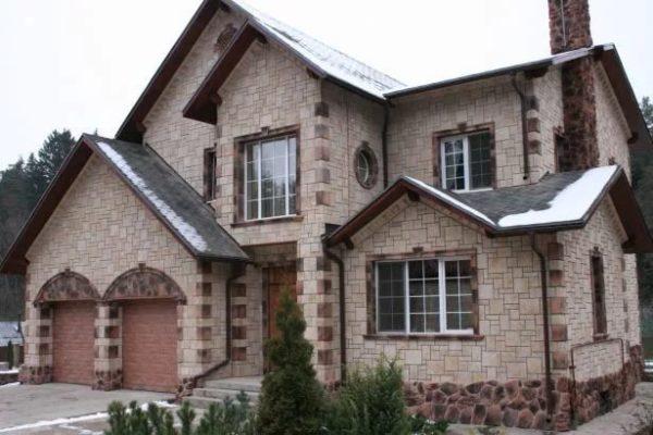 Оздоблення фасаду будинку каменем - зображення.