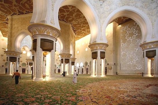 Біла Мечеть в Абу-Дабі.