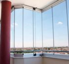 Безрамне скління фасадів в будівництві
